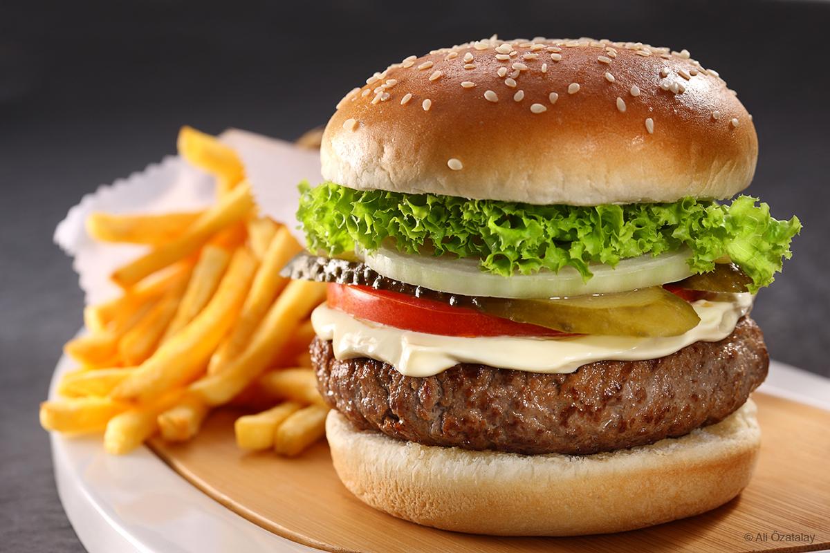 想要开好汉堡加盟店,为何还要重视产品种类的革新